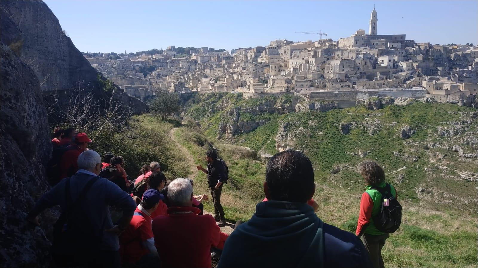 La tua guida escursionistica per indimenticabili Escursioni e Trekking a Matera.